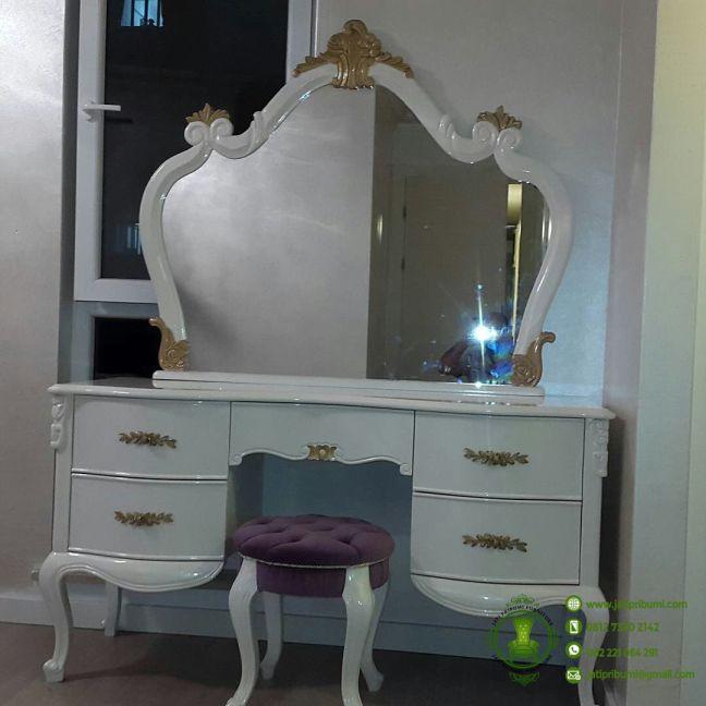 meja-rias-classic-terbaru-harga-murah-berkualitas-mebel-jepara