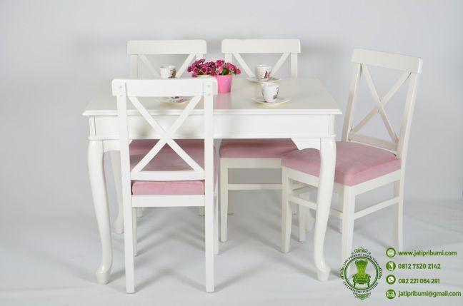 meja-makan-minimalis-4-kursi