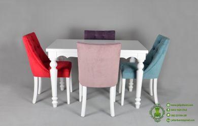 meja-makan-minimalis-modern-kursi-4-model-terbaru-desain-simpel-harga-murah-untuk-ruang-makan-kecil